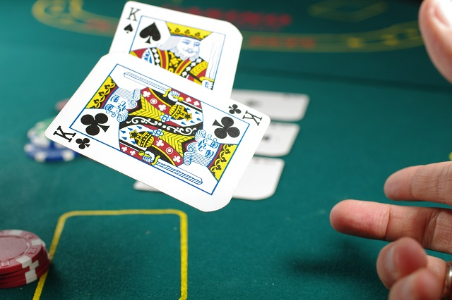 How to Behave at a Casino Table
